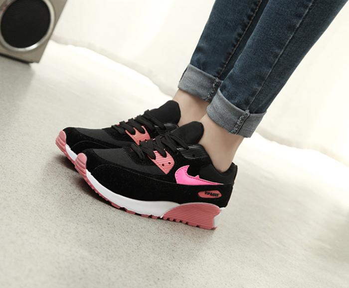Cách chọn size giày thể thao cho nữ