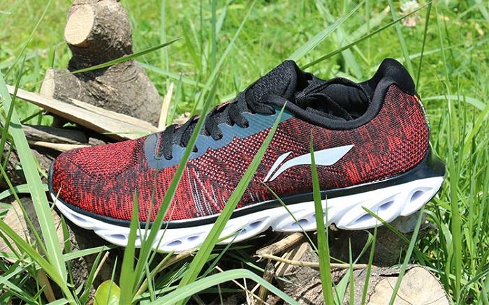 Mẫu giày thể thao đẹp 2017